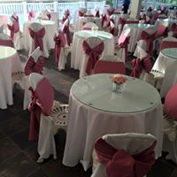 Beautiful reception setup at Sunny Meade wedding venue located near Lafayette, Louisiana.