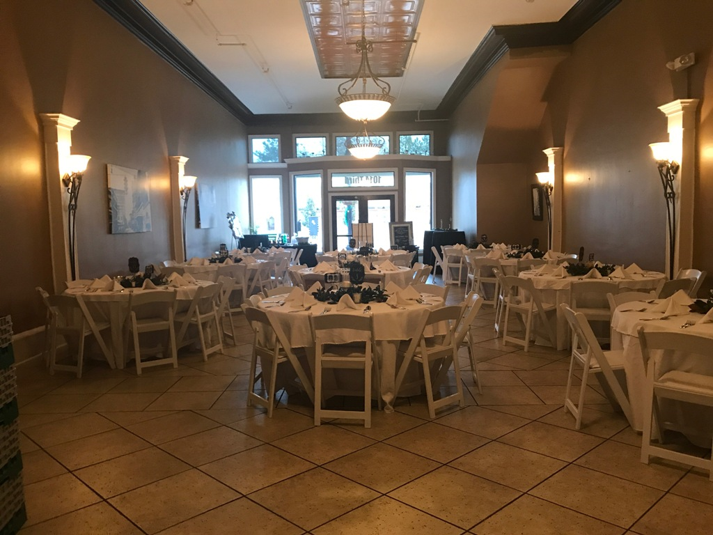 Amazing wedding reception setup at The Gem, a wedding venue located in Alexandria, Louisiana.