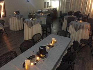 A wedding reception setup at DIY Party wedding venue located in Lafayette, Louisiana.