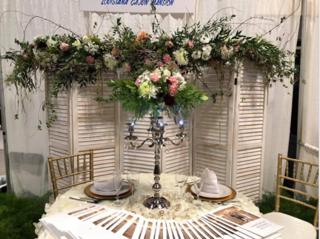 A wedding table setup by Lafayette, Louisiana florist, Poises by Paulie.