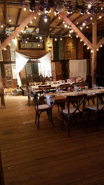 A beautiful rustic wedding venue located in Lafayette, LA, setup for a cajun wedding reception, Feed N Seed.