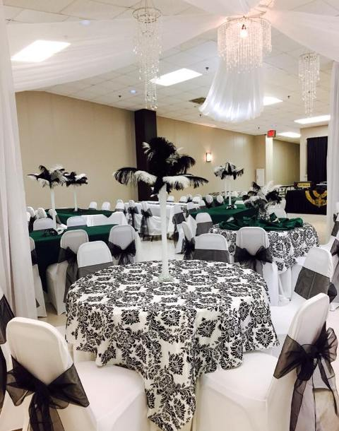 A uniques wedding reception setup in Lafayette, Louisiana by wedding planner and decorator, Fleur de Lis, Bridgette Fontenot.