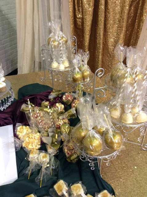 Gold wedding sweet treats by wedding cake baker, Miss Jo Cakelady, located near Lafayette, Louisiana.