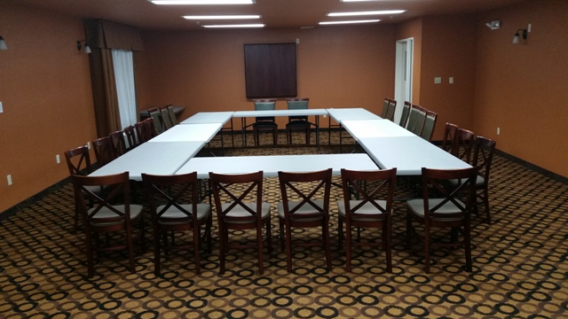 A photo of a business meeting setup at the wedding venue, Best Western Plus Vermilion River Suites, located in Lafayette, Louisiana.