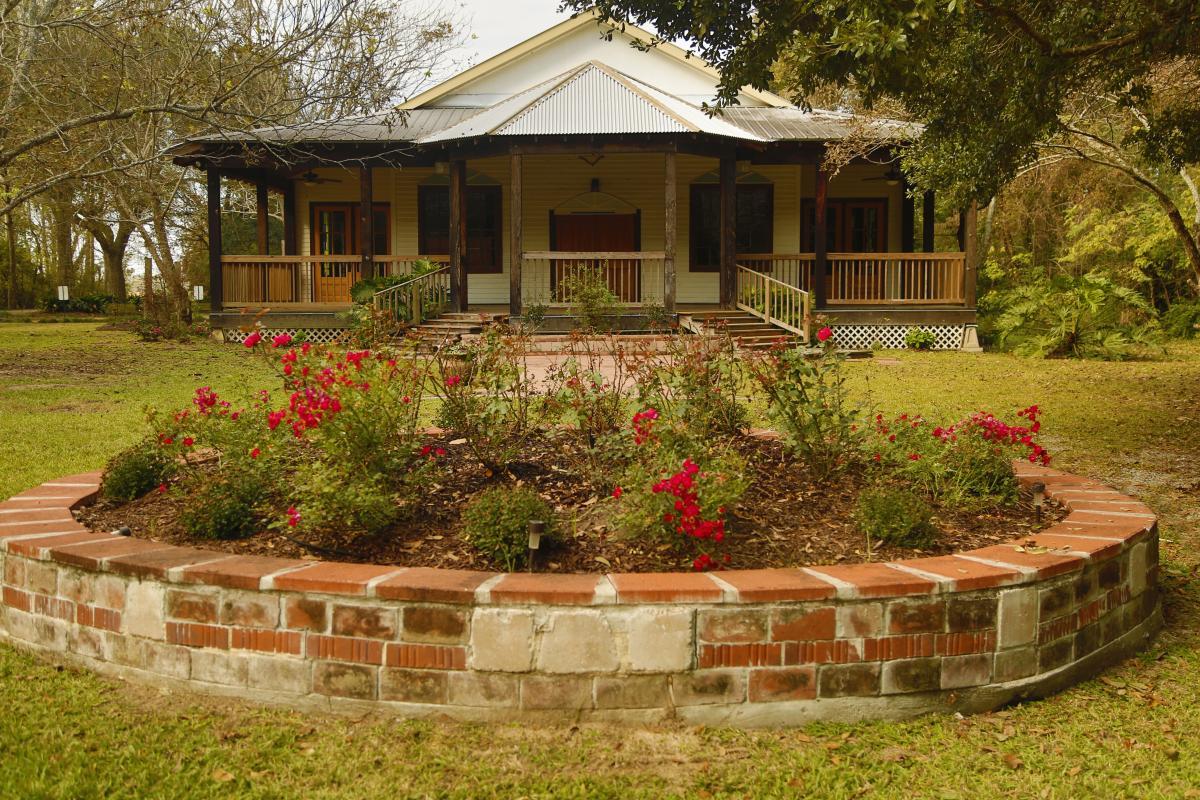 Woodland Chapel outdoor view