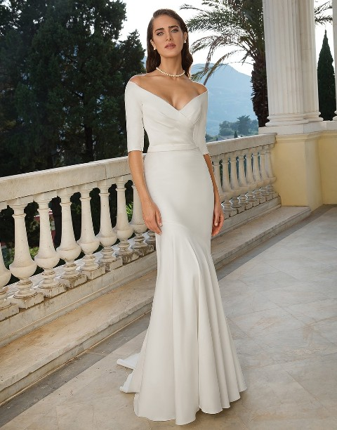 A beautiful bridal dress from Sposa Bella located in Lafayette, Louisiana.