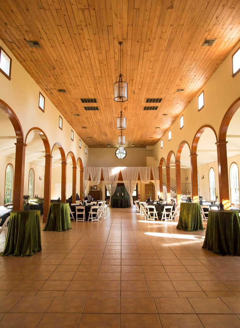 L'Eglise indoor wedding reception view located near Lafayette Louisiana