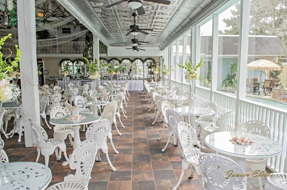 Awesome reception setup at the wedding venue Sunny Meade located near lafayette louisiana