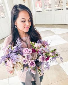 A beautiful bridal bouquet by florist Mai Nguyen with Faith and Flowers located near Lafayette, Louisiana.