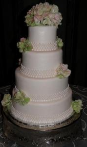 Wedding cake made by Crystal Weddings near lafayette louisiana