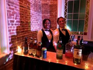 Wedding vendor located near Lafayette, Louisiana Mixx Mobile Bartending, a beautiful setup.