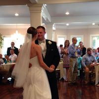 A bride and groom dancing at a wedding venue called, Esprit de Coeur located near Lafayette, Louisiana.