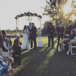 A beautiful setup and outdoor wedding at The Majestic Hall of Walnut Grove, a wedding venue in Lake Charles, Louisiana.