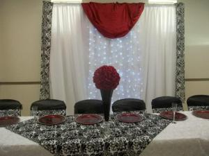 A wedding reception setup in Lafayette, Louisiana by wedding decorator, Joann Cakelady.