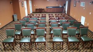 The wedding venue, Best Western Plus Vermilion River Suites, located in Lafayette, Louisiana set up for a business meeting.