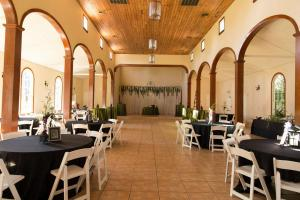 Wedding Venue located near Lafayette, Louisiana L'Eglise reception setup