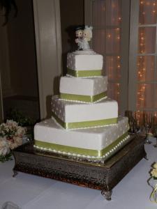 Crystal weddding wedding cake 1
